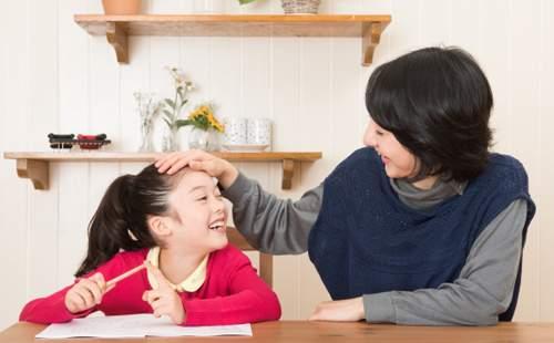 上手な褒め方◇子どもを上手に褒める3つの法則